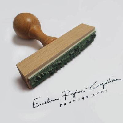 Odbicie stempla drewnianego